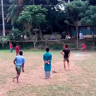 cricket-in-village